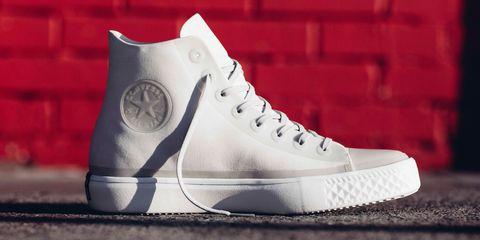 Footwear, White, Shoe, Sneakers, Walking shoe, Outdoor shoe, Plimsoll shoe, Athletic shoe, Sportswear, Silver,