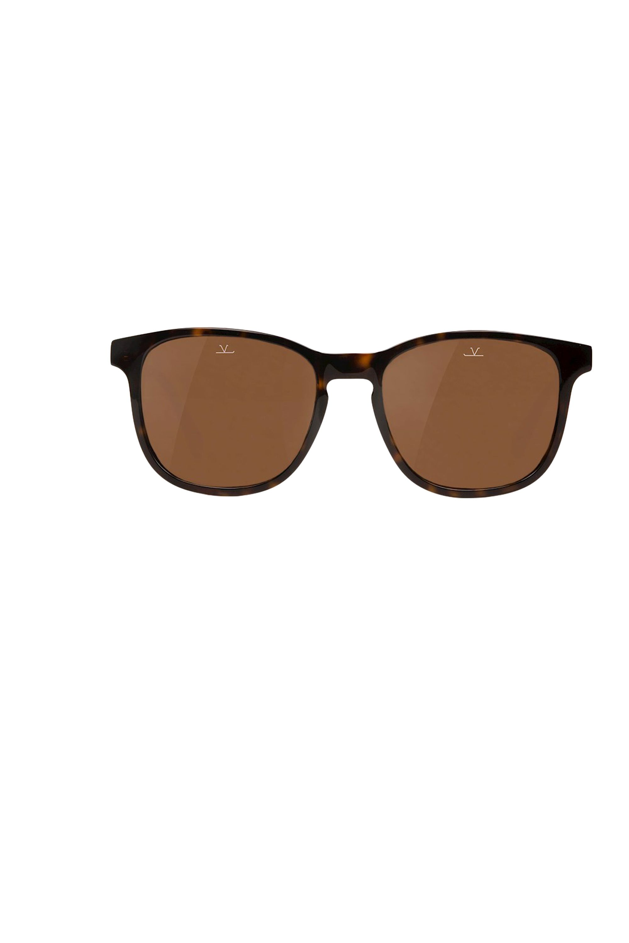 "<p>A classic pair of sunglasses is something you'll have forever. Assuming you don't lose them, that is. These tortoise frames are a step away from the usual wayfarer vibes, but just as stylish. <br></p><p> 	<em data-redactor-tag=""em"">Square District Sunglasses ($230) by Vuarnet, <a href=""http://vuarnet.com/us/collections/210-square-district"" target=""_blank"" data-tracking-id=""recirc-text-link"">vuarnet.com</a></em></p>"