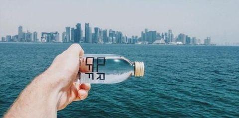 Body of water, Fluid, Finger, Daytime, Product, Metropolitan area, Tower block, Metropolis, Water resources, Liquid,