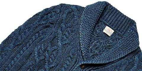 Sleeve, Textile, Collar, Pattern, Electric blue, Woolen, Knitting, Wool, Thread, Woven fabric,