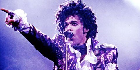 Music artist, Performance, Singer, Entertainment, Singing, Music, Pop music, Performing arts, Musician, Song,