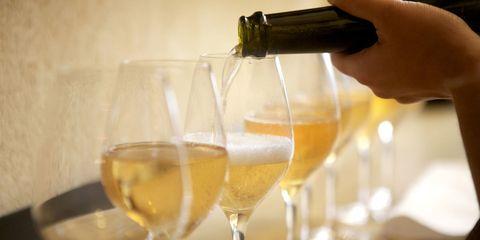 Fluid, Glass, Drinkware, Yellow, Stemware, Barware, Liquid, Alcohol, Drink, Alcoholic beverage,