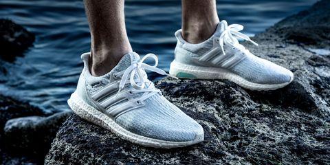 Shoe, Footwear, White, Sneakers, Product, Sportswear, Outdoor shoe, Plimsoll shoe, Fashion, Leg,