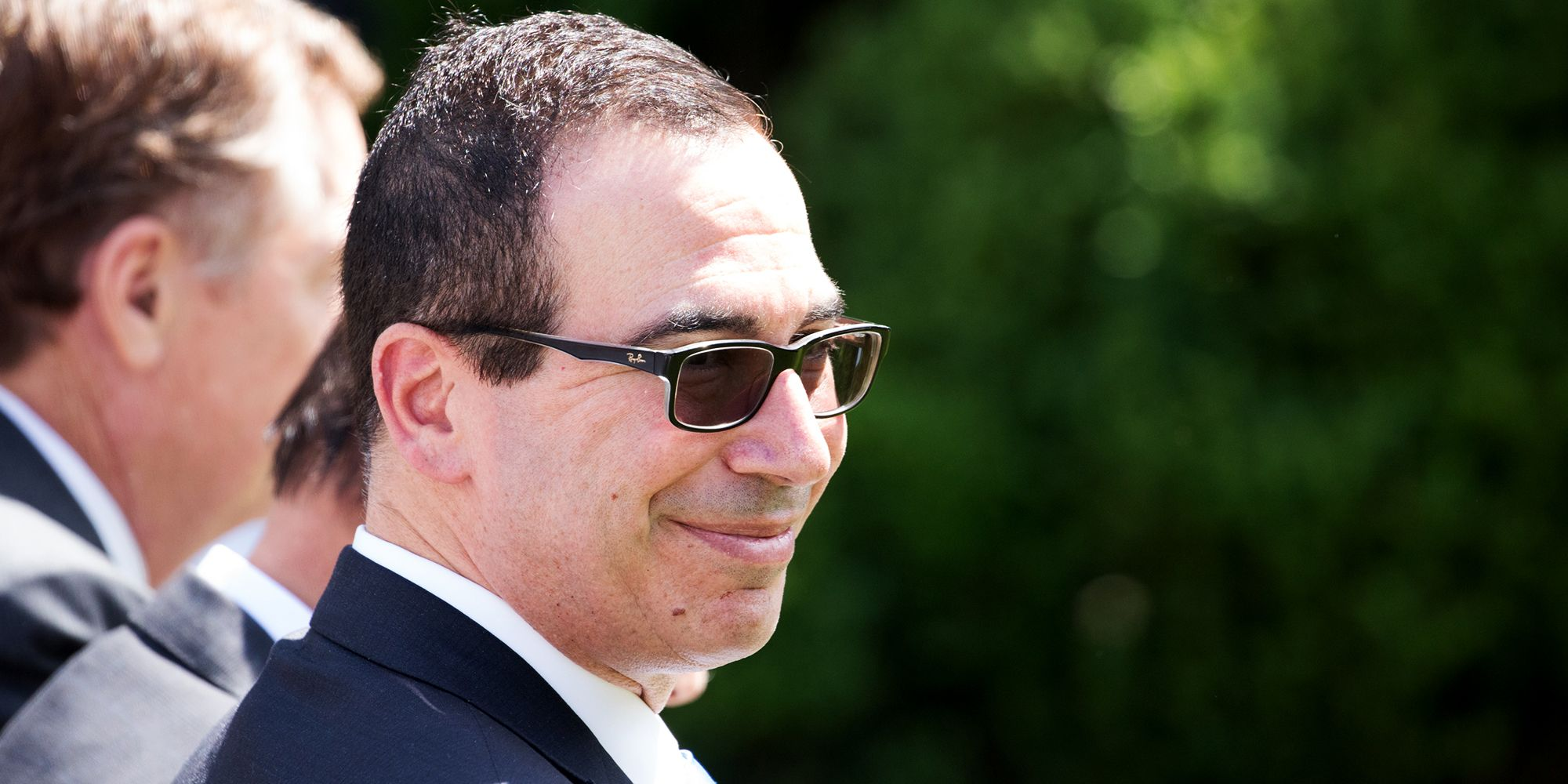 4b2eef81640 Steven Mnuchin Wears Transition Lenses for TV Interview