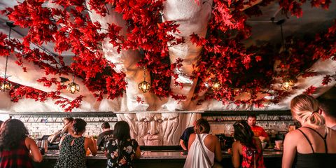 Dc Christmas Pop Up Bar.A Game Of Thrones Themed Pop Up Bar Just Opened In D C