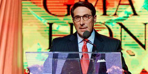 Forehead, Speech, Glasses, Spokesperson, News, Media, Vision care,