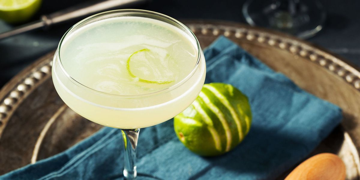 how to make a vodka gimlet drink