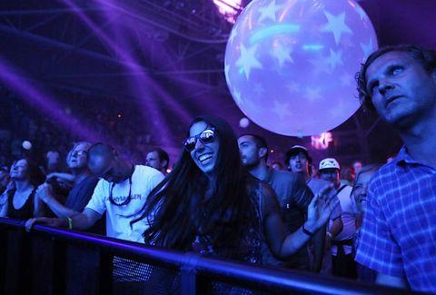 Purple, Performance, Nightclub, Event, Disco, Music venue, Fun, Crowd, Music, Electronics,