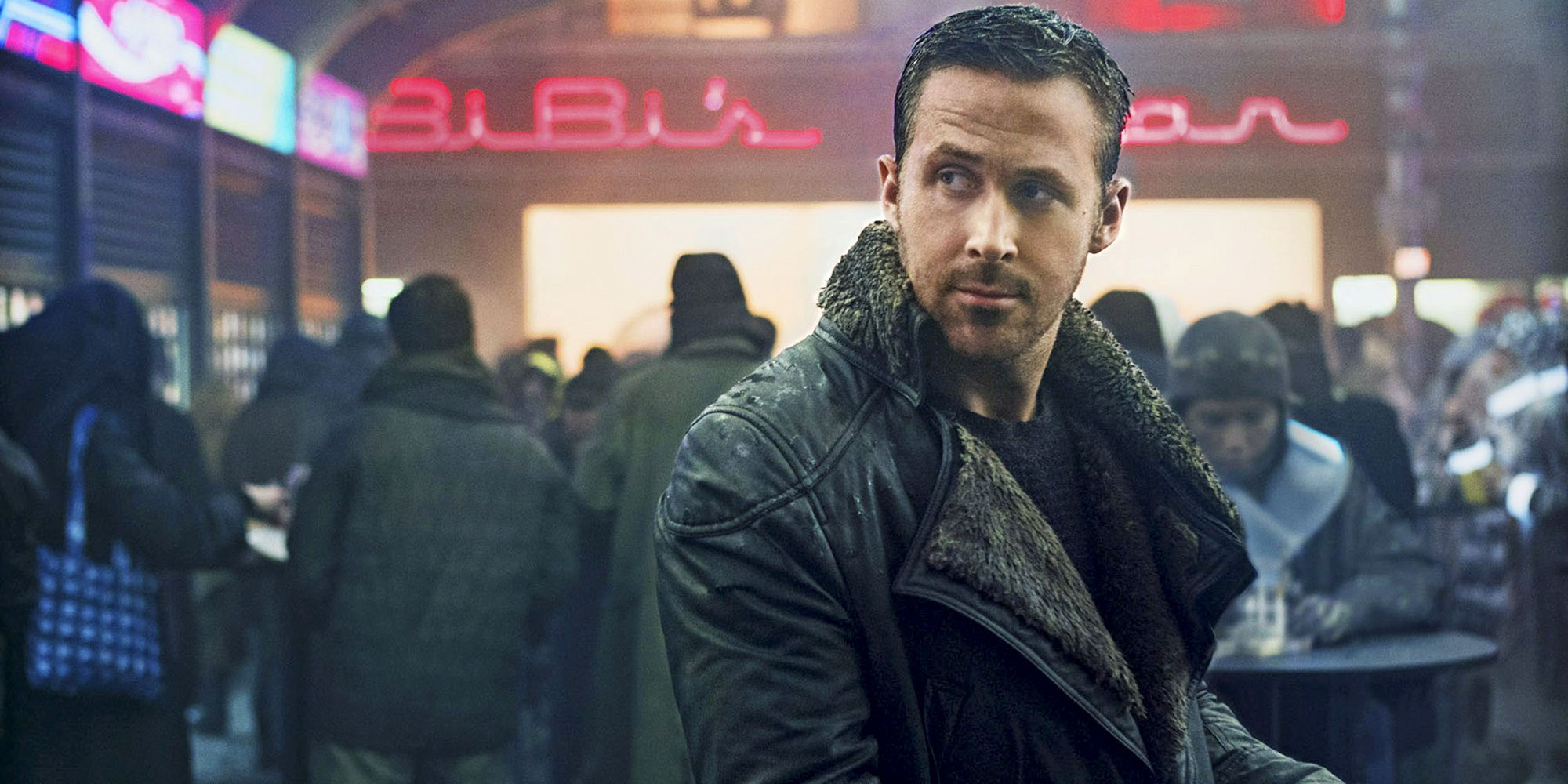 Ryan Gosling S Coat Is The Best Thing About Blade Runner