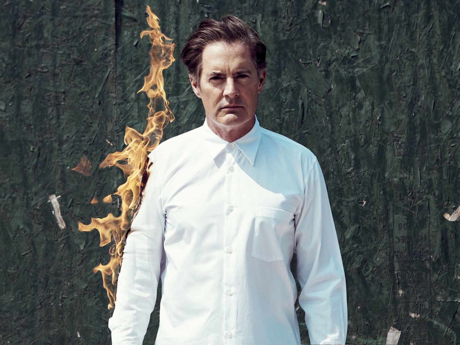 Kyle MacLachlan Flirts With the Darkness