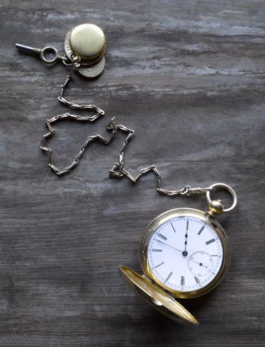 Pocket watch, Watch, Metal, Clock, Still life photography, Measuring instrument, Home accessories, Material property, Circle, Analog watch,