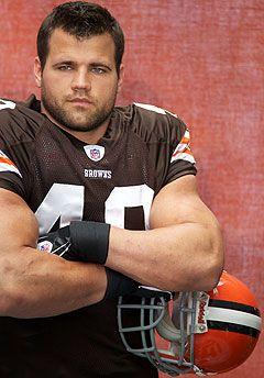 Peyton Hillis Muscles