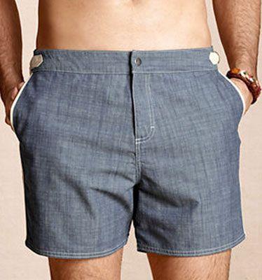 Clothing, Blue, Leg, Sleeve, Denim, Human leg, Textile, Joint, Standing, Waist,