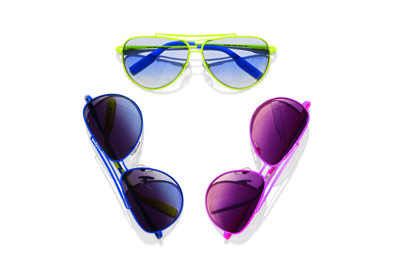 Eyewear, Vision care, Blue, Purple, Personal protective equipment, Pink, Magenta, Violet, Line, Colorfulness,