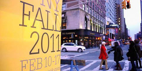 Street, Urban area, Pedestrian crossing, Metropolitan area, Pedestrian, Signage, Metropolis, Commercial building, Sidewalk, Downtown,