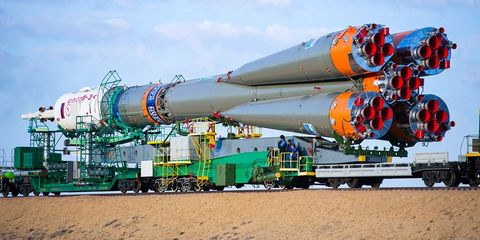 Transport, Infrastructure, Engineering, Rolling stock, Gas, Pipe, Space, Cylinder, Aerospace engineering, Machine,