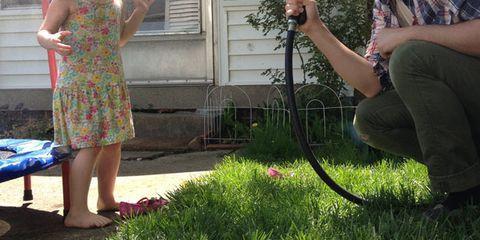 Leg, Dress, Beard, Outdoor furniture, Garden, Backyard, Plaid, Yard, Camera, Single-lens reflex camera,