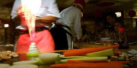 Cook, Cooking, Whole food, Vegetable, Root vegetable, Customer, Bottle, Carrot, Service, Chef,