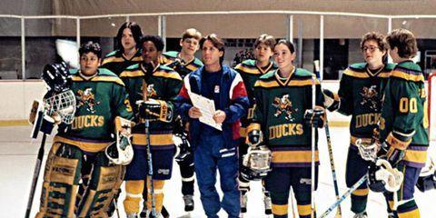 Jersey, Sports uniform, Sports gear, Sports equipment, Ice hockey equipment, Sportswear, Personal protective equipment, Uniform, Hockey protective equipment, Winter sport,