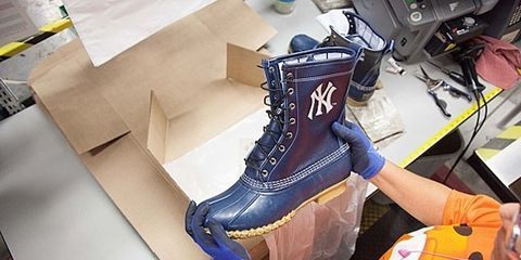 Product, Boot, Electric blue, Cable, Ice skate, Leather, Wire, Outdoor shoe, Fashion design, Electronic engineering,