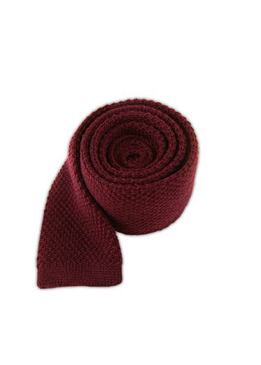 Textile, Wool, Woolen, Headgear, Pattern, Costume accessory, Maroon, Knitting, Thread, Crochet,