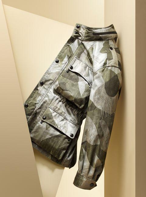 Pattern, Khaki, Pocket, Visual arts, Bermuda shorts, Pattern, Camouflage, Fashion design, Button, Trunks,
