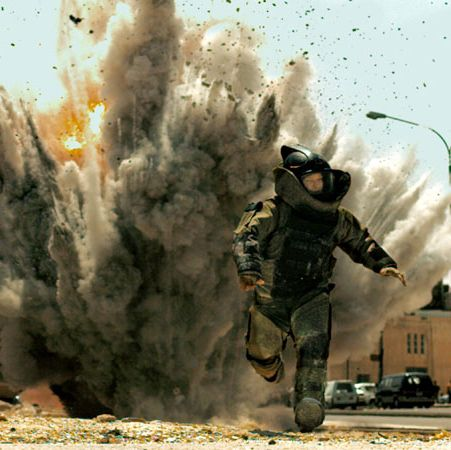 The Hurt Locker Won: Best Picture, Best Director (Kathryn Bigelow), Best Original Screenplay, Best Film Editing Kathryn Bigelow made history when she became the first woman to win the Oscar for Best Picture for this taut and tense war thriller about the psychological stress of combat starring Jeremy Renner.