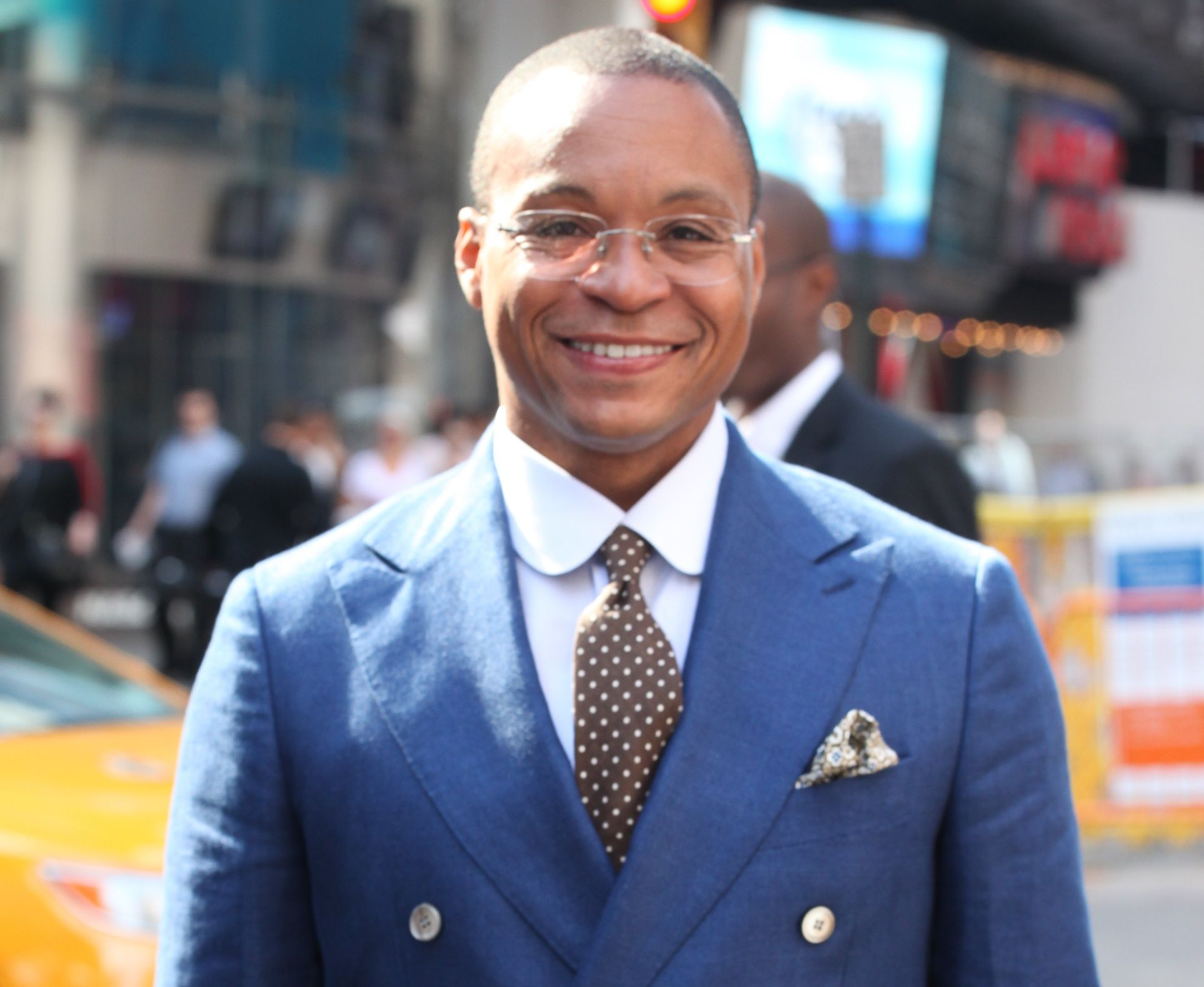 Gus Johnson Sportscaster on the Soccer Basketball and the