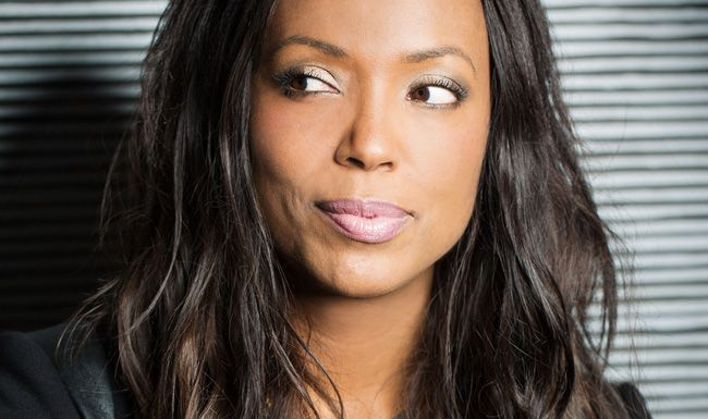 Aisha Tyler Is A Woman Men Can T Help But Love