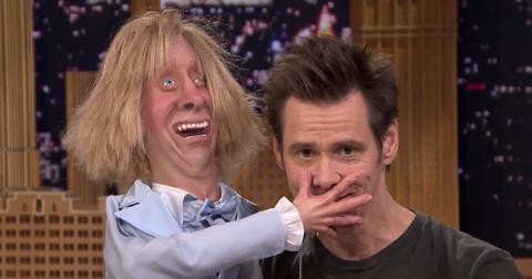 Watch a Creepy Jim Carrey Sing to a Creepier Jeff Daniels Dummy