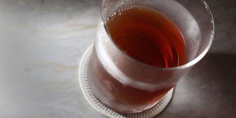 Liquid, Fluid, Drink, Alcoholic beverage, Serveware, Drinkware, Tableware, Glass, Apéritif, Ingredient,