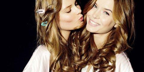 Hair, Head, Lip, Cheek, Hairstyle, Eye, Chin, Eyebrow, Happy, Facial expression,