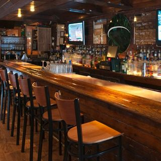 The 9 Essential Ingredients to a Good Bar
