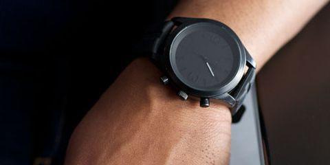 Finger, Wrist, Hand, Joint, Watch, Watch accessory, Gadget, Strap, Nail, Metal,