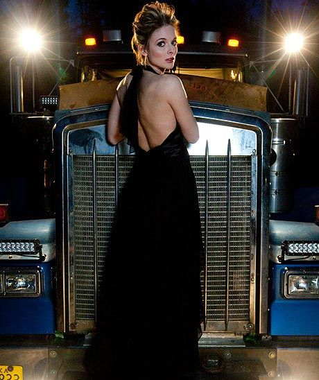 What it Takes with Lisa Kelly from Ice Road Truckers - YouTube