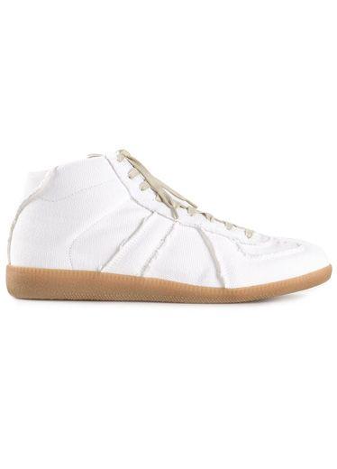 Brown, Shoe, White, Tan, Beige, Sneakers, Stitch, Peach, Walking shoe, Skate shoe,