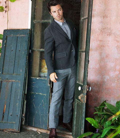 Collar, Outerwear, Dress shirt, Standing, Denim, Street fashion, Blazer, Pocket, Button, Home door,