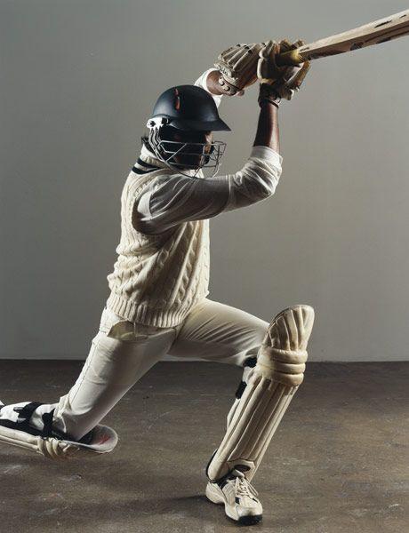 Gokul Chakravarthy playing cricket