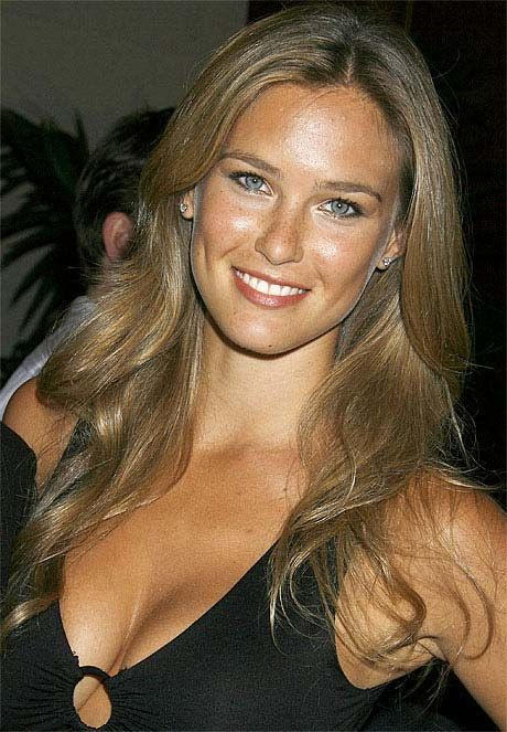 bar refaeli naked si swimsuit issue model breasts