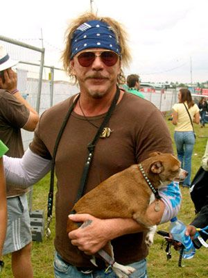 mickey rourke and his dog