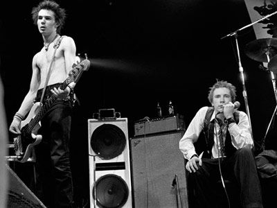 johnny rotten and sid vicious of the sex pistols
