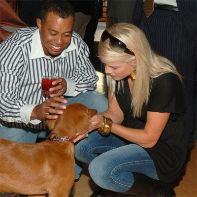 tiger woods wife and dog