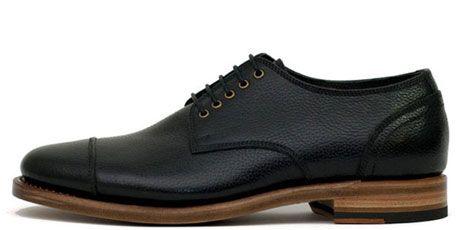 heutchy union black shoes