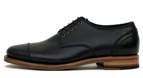 heutchy union black shoes