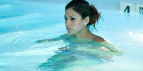 Swimming pool, Liquid, Leisure, Aqua, Fluid, Summer, Turquoise, Chest, Bathing, Leisure centre,