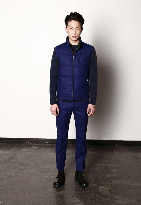 Blue, Collar, Sleeve, Trousers, Shoulder, Standing, Joint, Dress shirt, Jacket, Denim,
