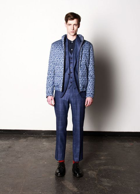 Clothing, Sleeve, Collar, Shoulder, Textile, Standing, Joint, Coat, Outerwear, Style,
