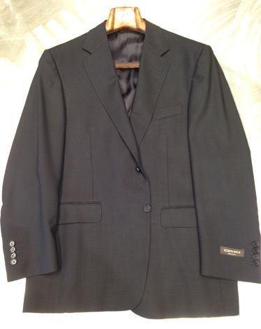 Product, Collar, Sleeve, Textile, Outerwear, White, Coat, Fashion, Black, Grey,
