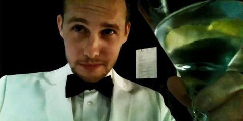Ear, Cheek, Fluid, Dress shirt, Collar, Forehead, Eyebrow, Formal wear, Liquid, Bow tie,