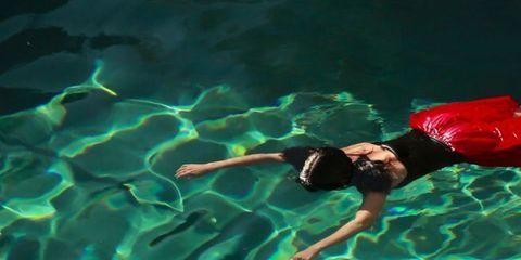 Fluid, Fun, Organism, Underwater, Leisure, Aqua, Turquoise, Underwater diving, Teal, Liquid,